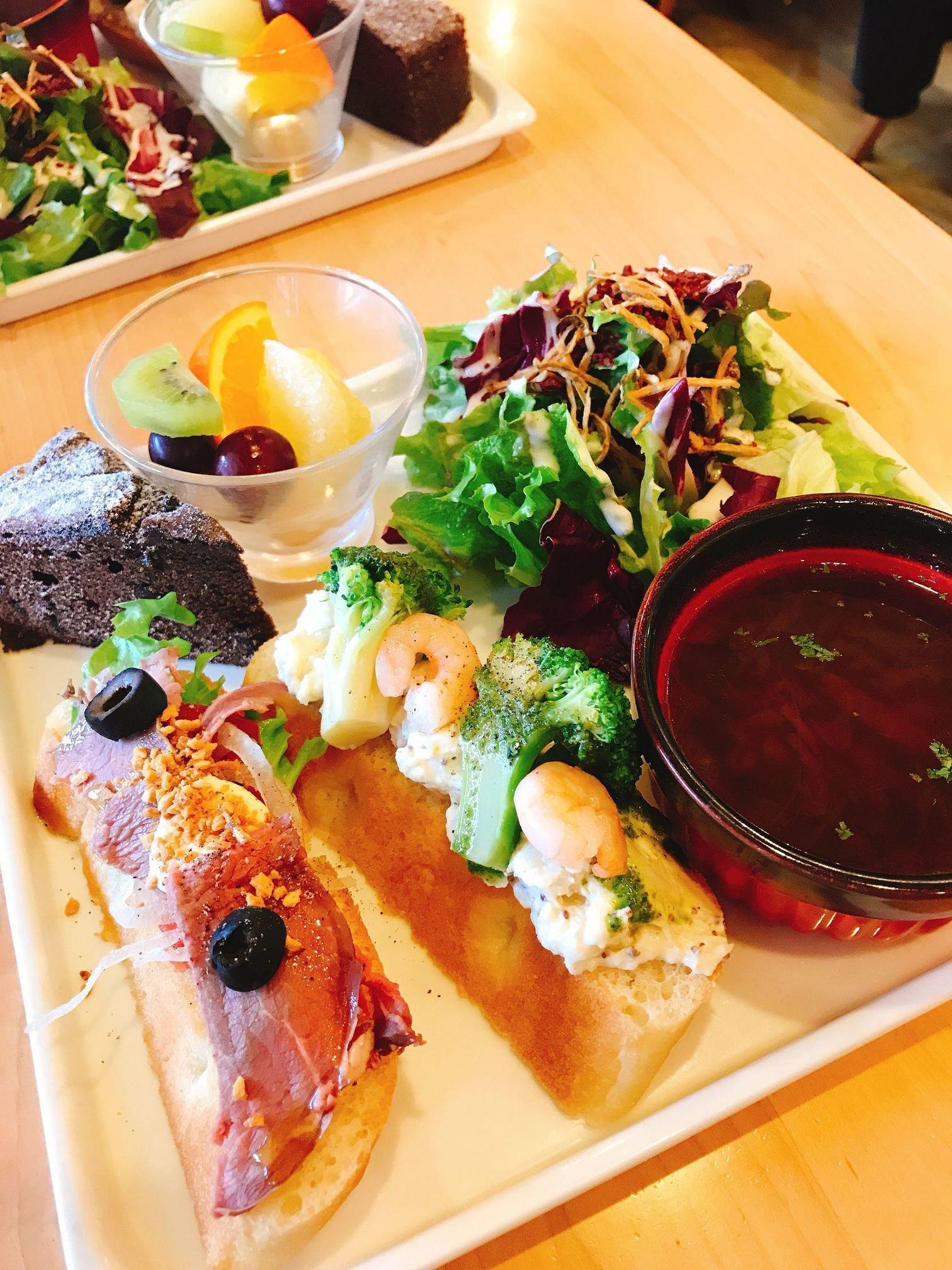 上野 の 森 パーク サイド カフェ