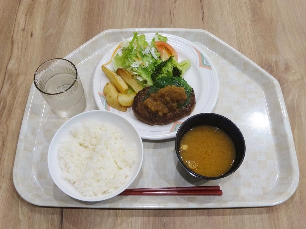 辰巳カフェイーストランチ