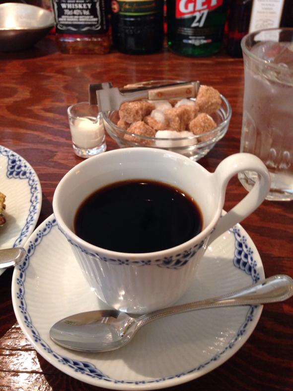 すすきのグルメスポット ミンガスコーヒー