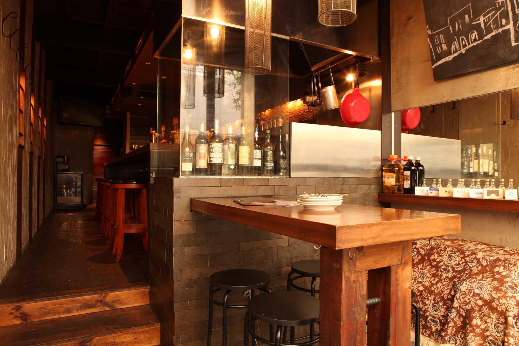 バル アグラード (Bar Agrado) 店内