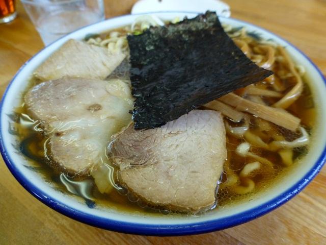 ケンちゃんラーメン - 料理写真:メンマも見えます