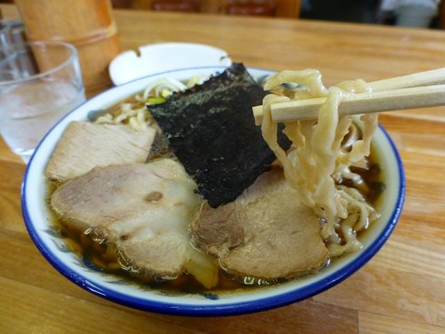 ケンちゃんラーメン - 料理写真:ビロ麺