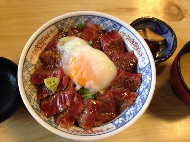 いまきん食堂 - 料理写真:あか牛丼