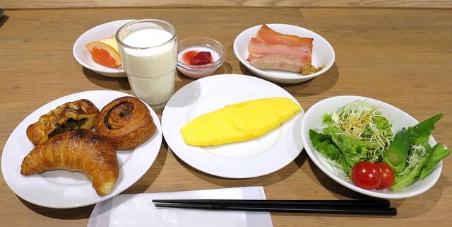 「ホテルルートインGrand旭川駅前 朝食」の画像検索結果
